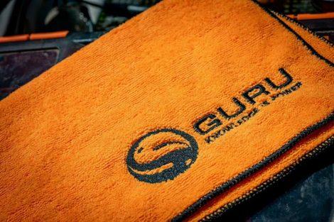 Guru Microfibre Towel Kéztörlő